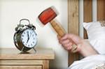 Probleme beim Aufstehen (Morgenmuffel – Warum haben Sie morgens schlechte Laune?)
