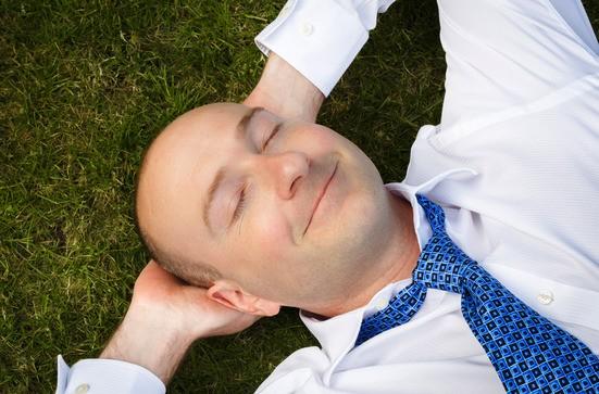 Powernapping: Das kurze Abschalten regeneriert den Körper und fördert die Konzentration.