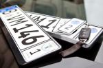 Wechselkennzeichen (Wechselkennzeichen – Ein Nummerschild für 2 Fahrzeuge?)