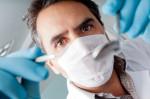 Zahnarzt (Zahnschmerzen – Was hilft und wo liegen die Ursachen?)